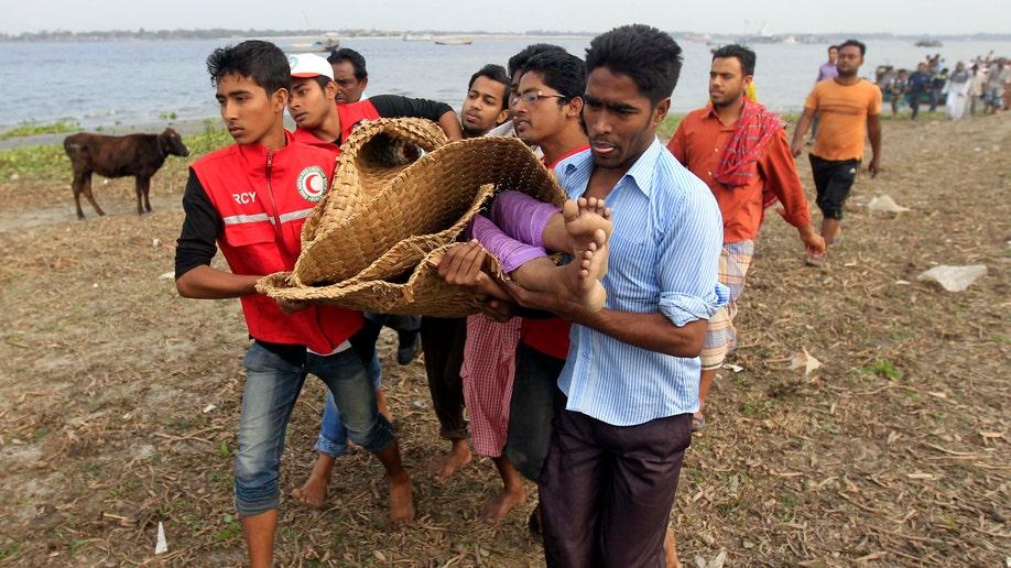 6bacca27-APTOPIX Bangladesh Ferry Accident