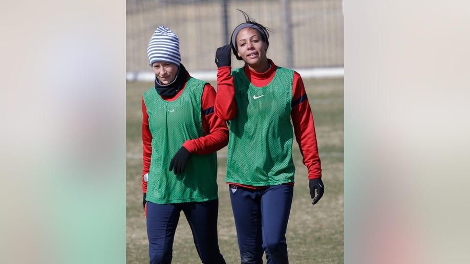 54710cb3-US Women Canada Soccer