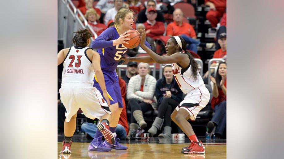 LSU Louisville Basketball
