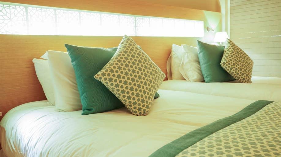 654aa4f9-bedroom