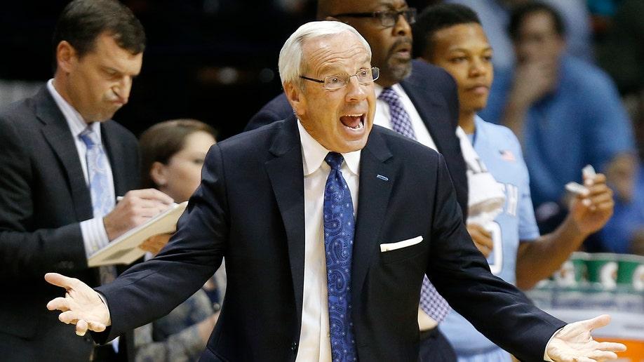 North Carolina Louisville Basketball