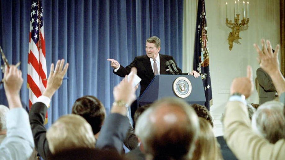 4034b140-Reagan Press Briefing