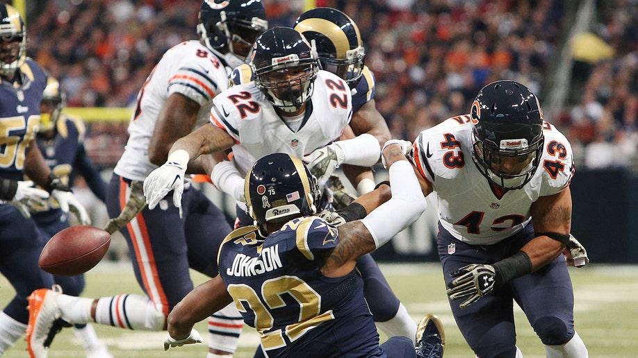 0fe94848-Bears Rams Football