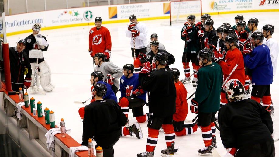 69ac08be-Devils Hockey
