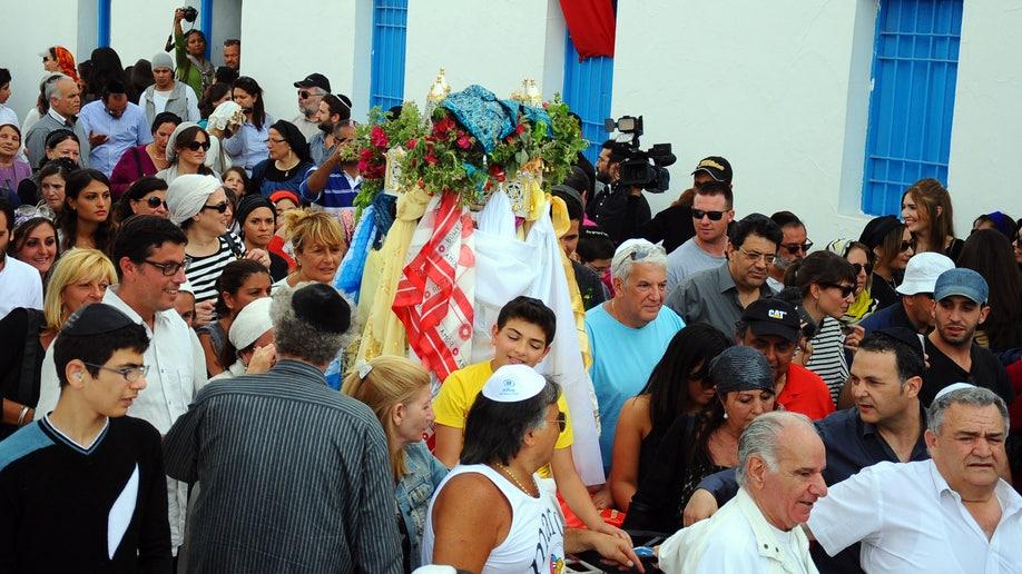 88daa21d-Tunisia Jewish Pilgrimage