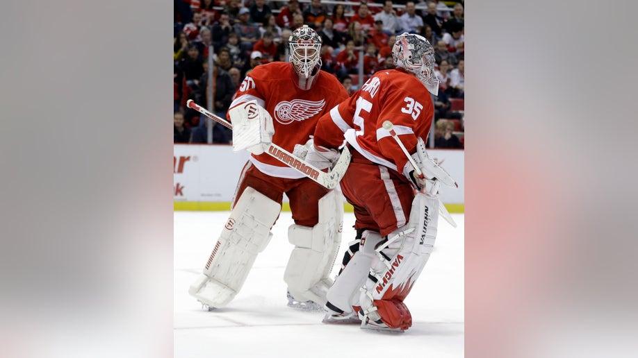 aad749de-Senators Red Wings Hockey