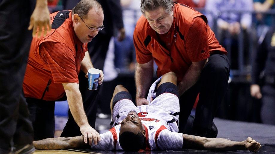 AP10ThingsToSee NCAA Duke Louisville Basketball