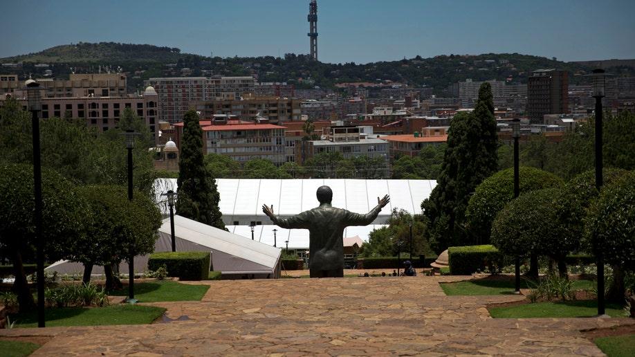 5b3ae5e8-South Africa Mandela