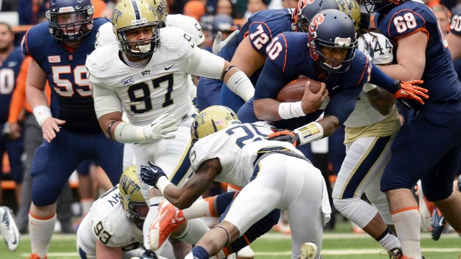 17e0f136-Pittsburgh Syracuse Football