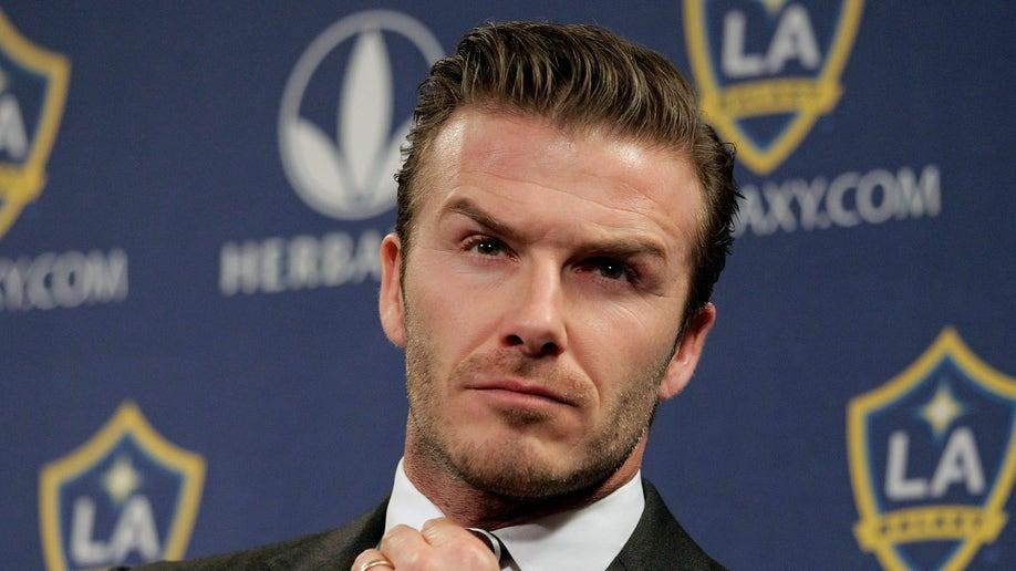 44bf610d-Beckham Retires Soccer