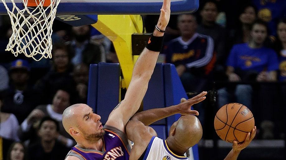094b11ad-Suns Warriors Basketball