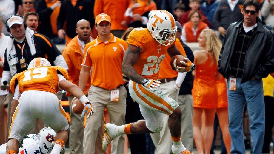 ecb9d1c3-Auburn Tennessee Football