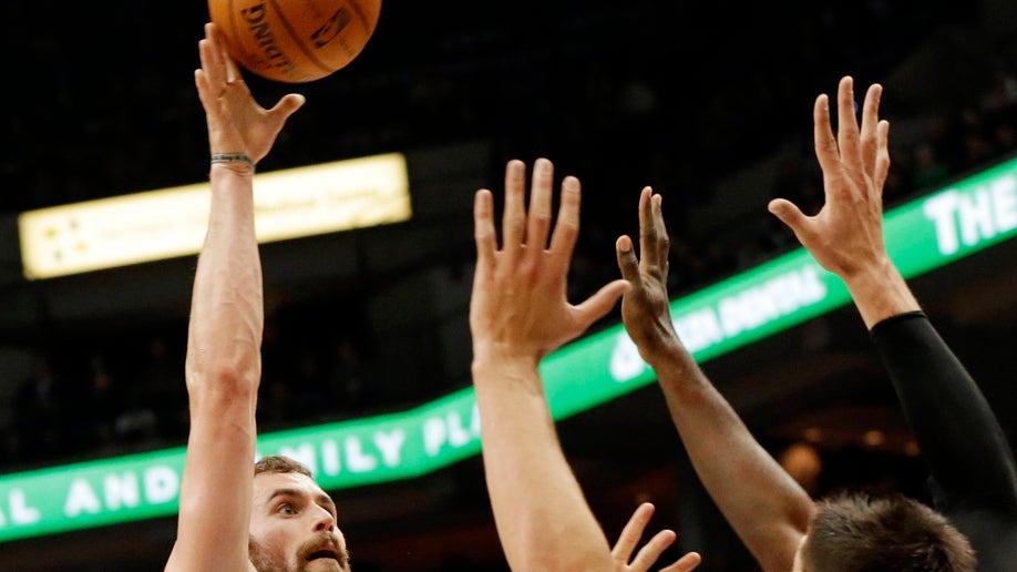 fd4d6bec-Magic Timberwolves Basketball