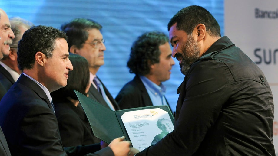 9cd20e31-Colombia Journalism Award