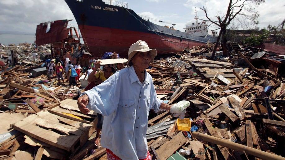 d93a0777-Philippines Typhoon