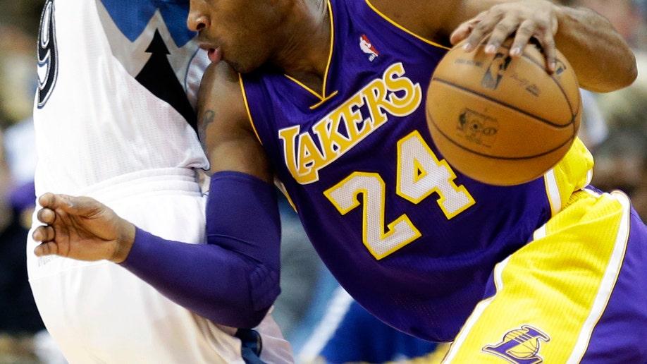 52c939bb-Lakers Timberwolves Basketball