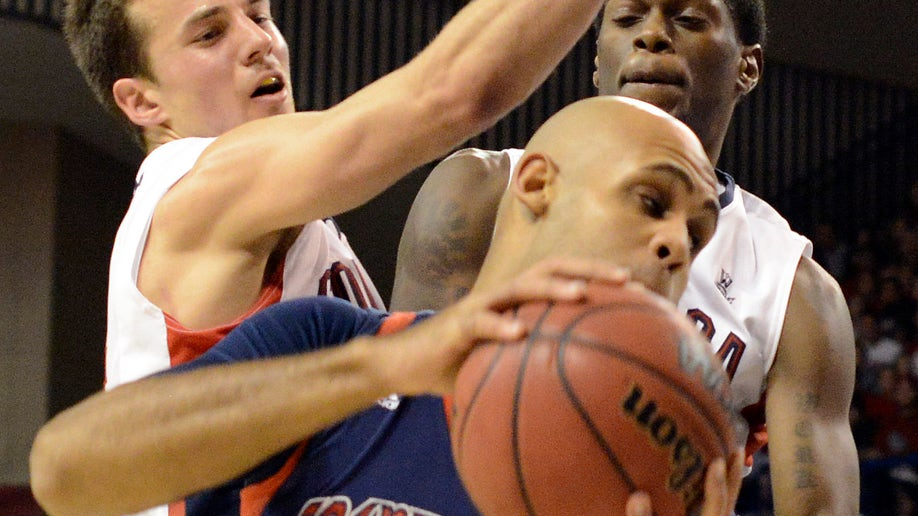 43d4e342-Saint Marys Gonzaga Basketball