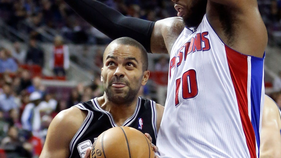 869f737c-Spurs Pistons Basketball