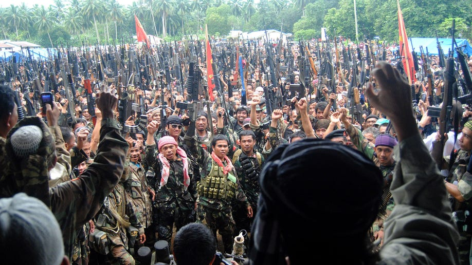 b83b4f88-Philippines Warring Rebels