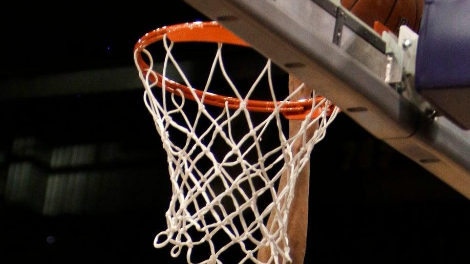 8bad1b6f-Colorado Washington St Basketball