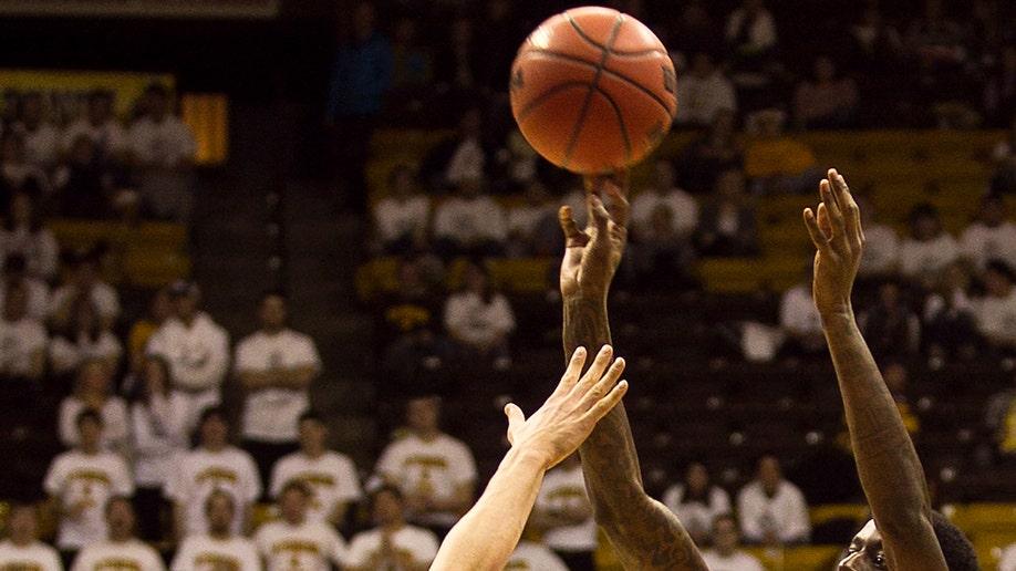 27db093e-San Diego St Wyoming Basketball