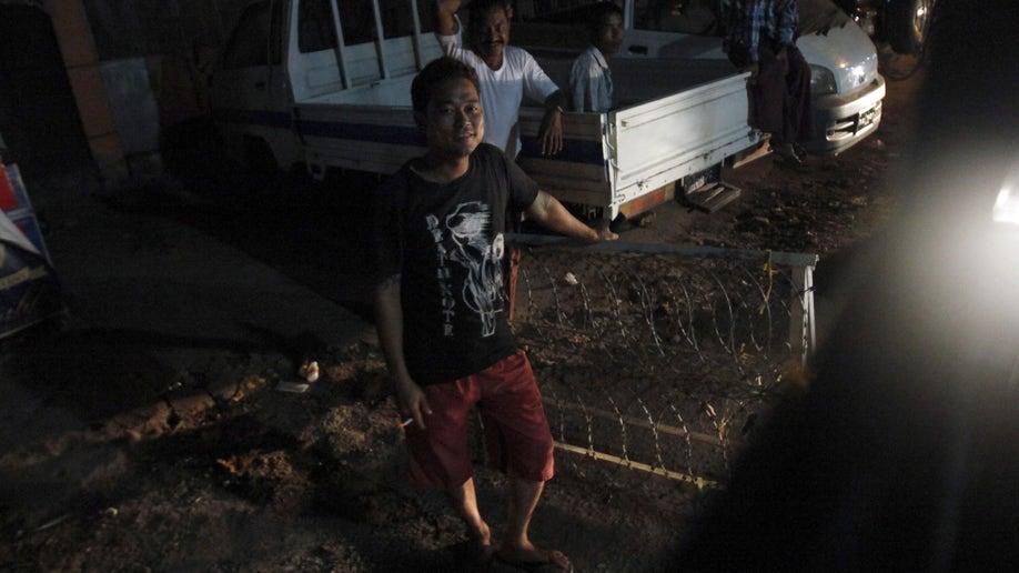 16f51b54-Myanmar Living In Fear