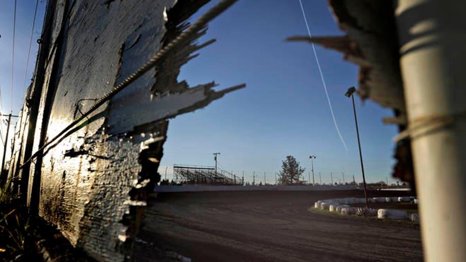 c81bb156-Raceway Crash-Calif