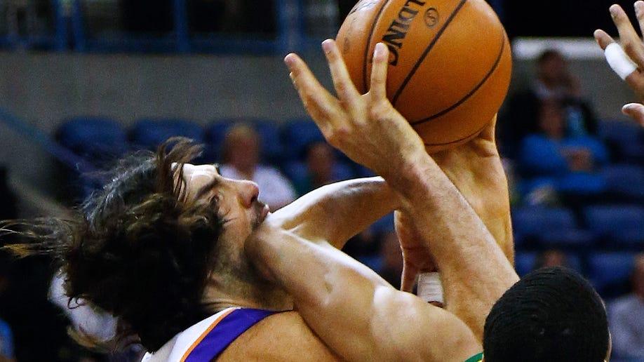 62b000d8-Suns Hornets Basketball
