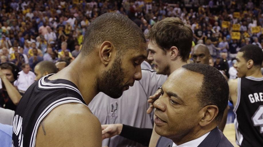 55603718-Spurs Grizzlies Basketball