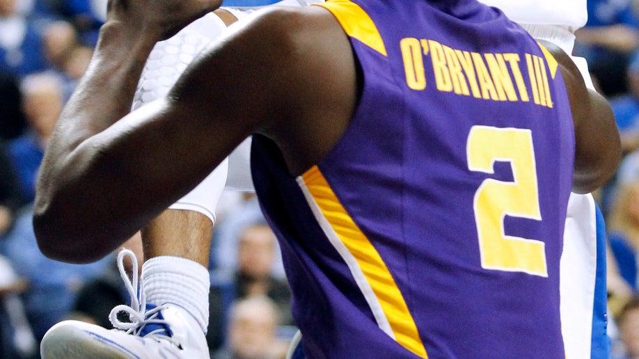 9bcd488e-LSU Kentucky Basketball