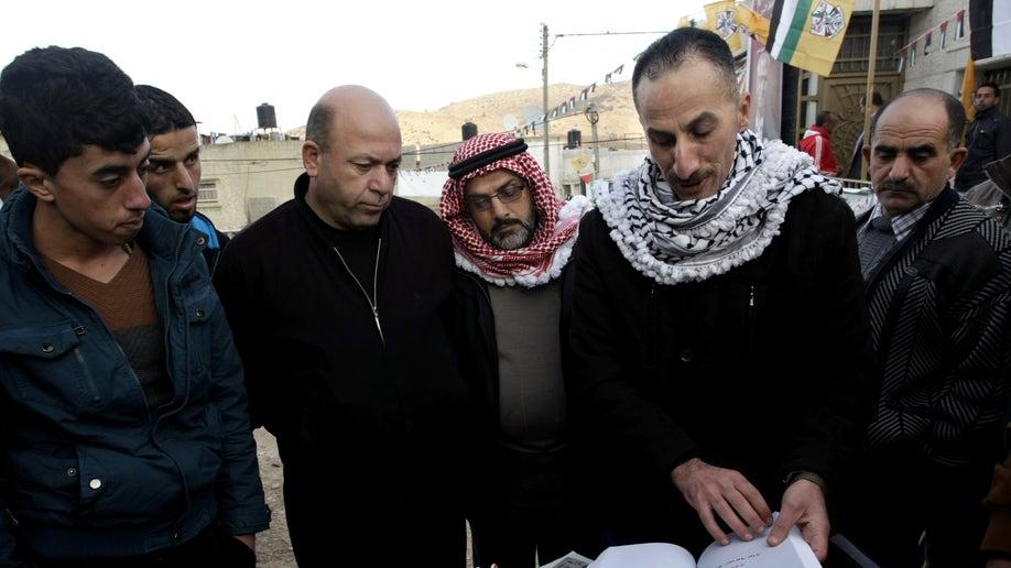 987cec49-Mideast Palestinians Prison University