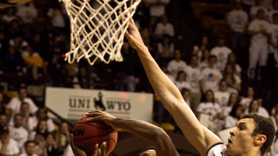 6089d383-San Diego St Wyoming Basketball