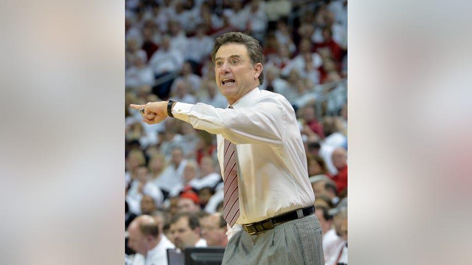 3d6d9c48-Memphis Louisville Basketball