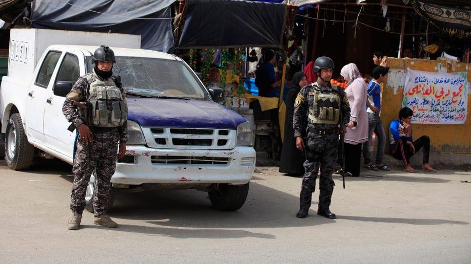 9aba1670-Mideast Iraq Threats on the Doorstep