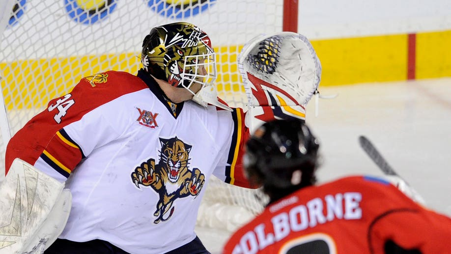 55f4fee4-Panthers Flames Hockey