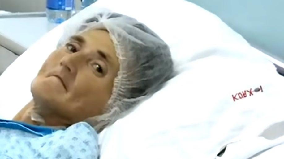 15cd84fd-68-pound tumor woman CEN