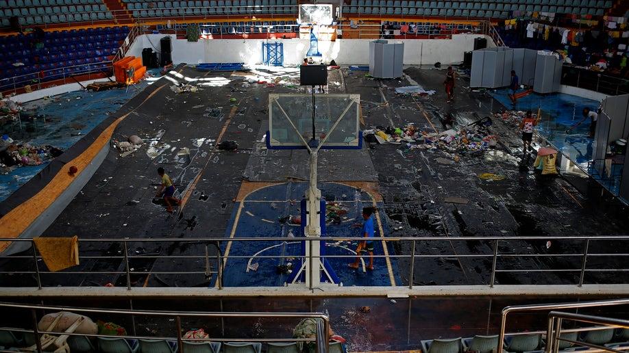 f2f15682-Philippines Typhoon Astrodome