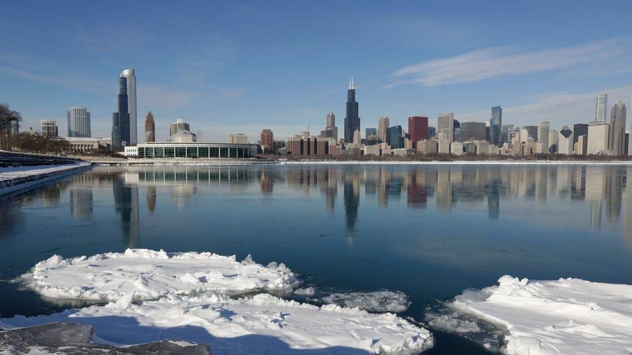 12018531-Winter Weather Illinois