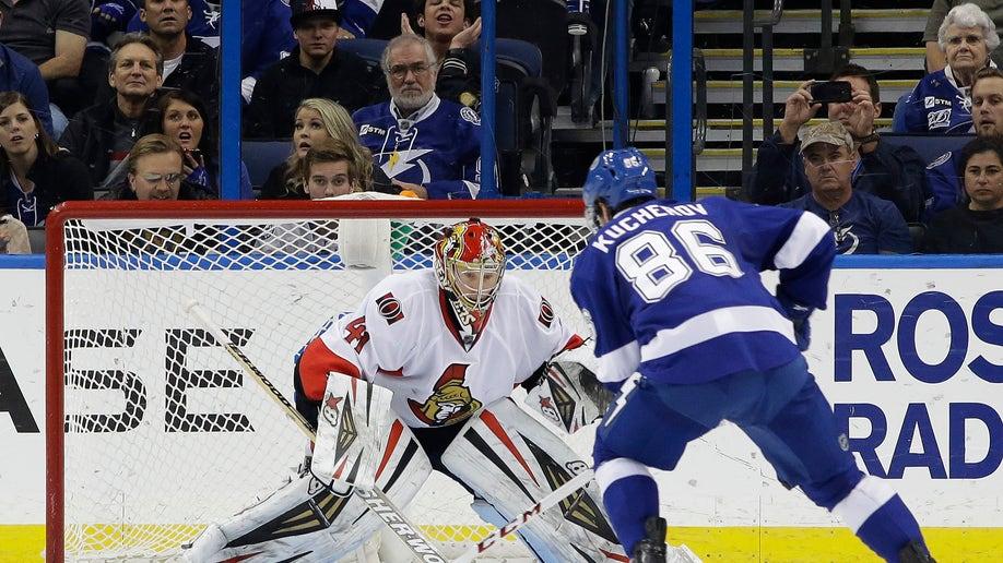 Senators Lightning Hockey