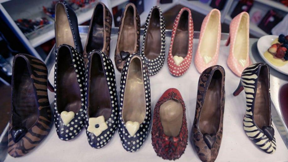 7f20aa31-Chocolate Shoes