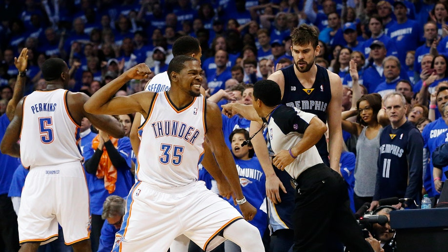 APTOPIX Grizzlies Thunder Basketball