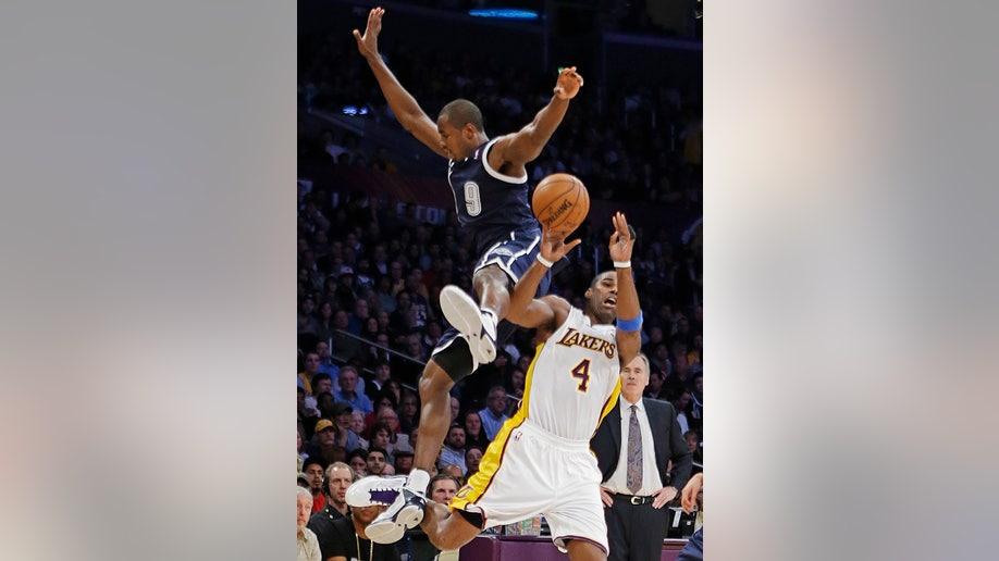 2de893cb-Thunder Lakers Basketball