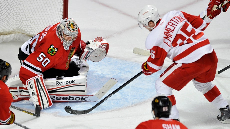c5594e5e-Red Wings Blackhawks Hockey