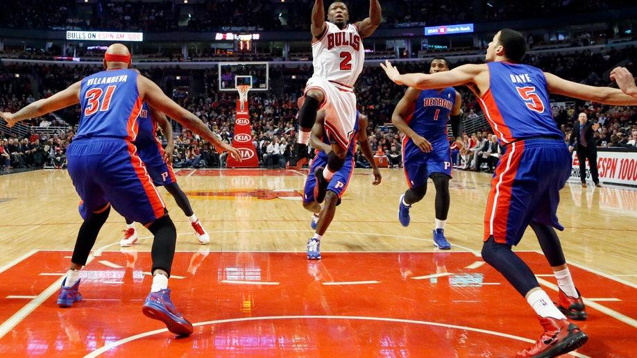 8d3eaac7-Pistons Bulls Basketball