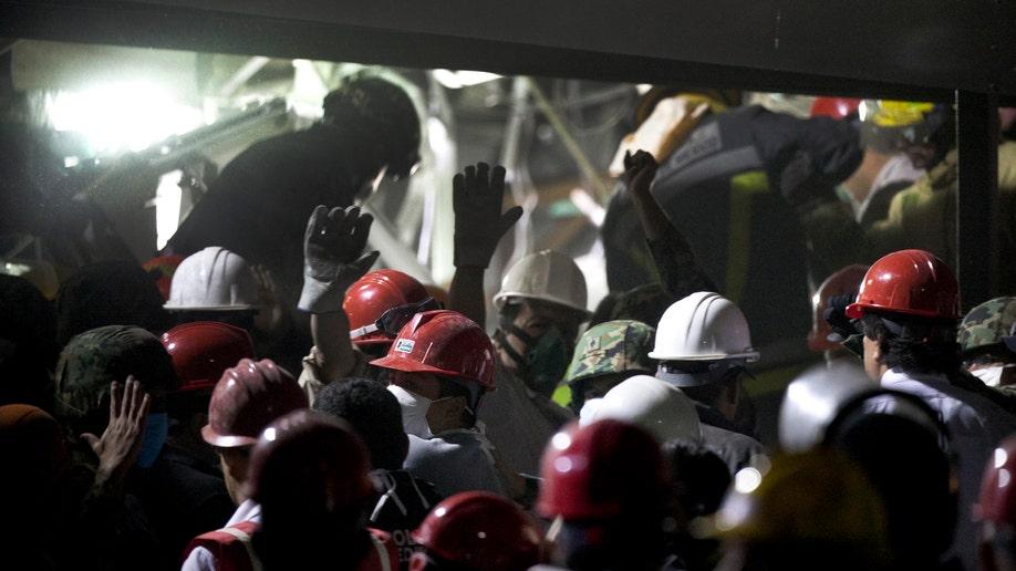 15bcd062-Mexico PEMEX Explosion
