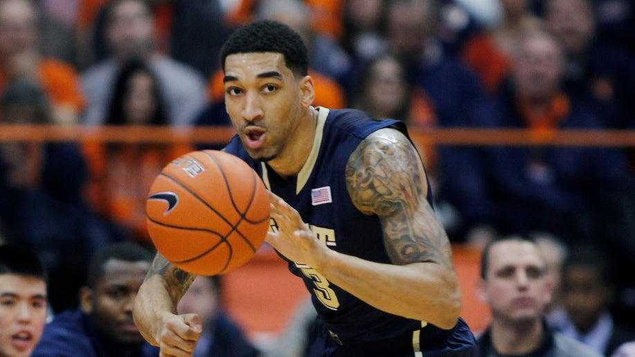 adfb6894-Pittsburgh Syracuse Basketball
