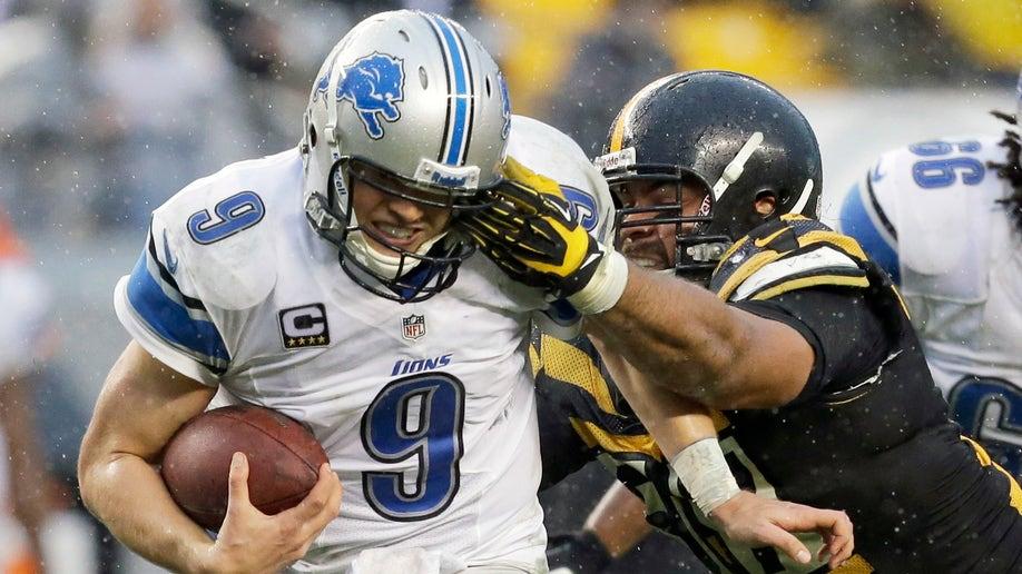 27e29ac5-Lions Steelers Football