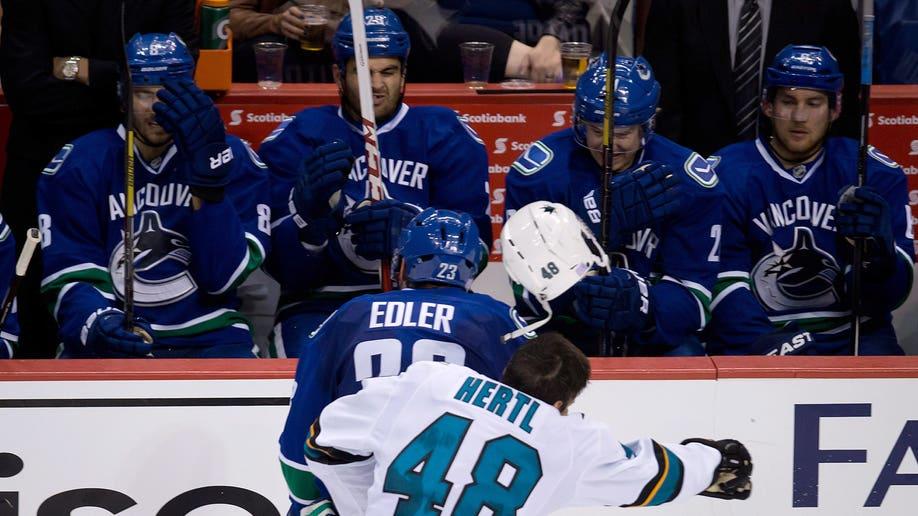 7450d623-Sharks Canucks Hockey