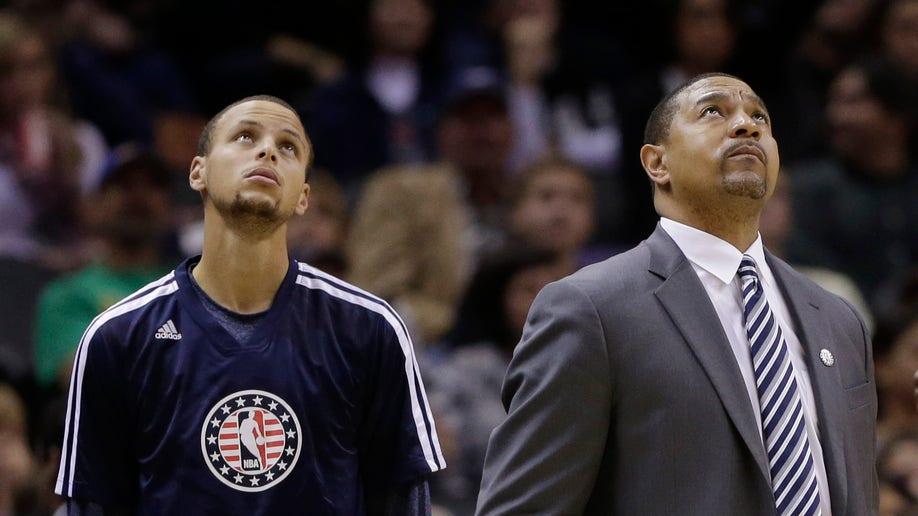 76736b06-Warriors Spurs Basketball
