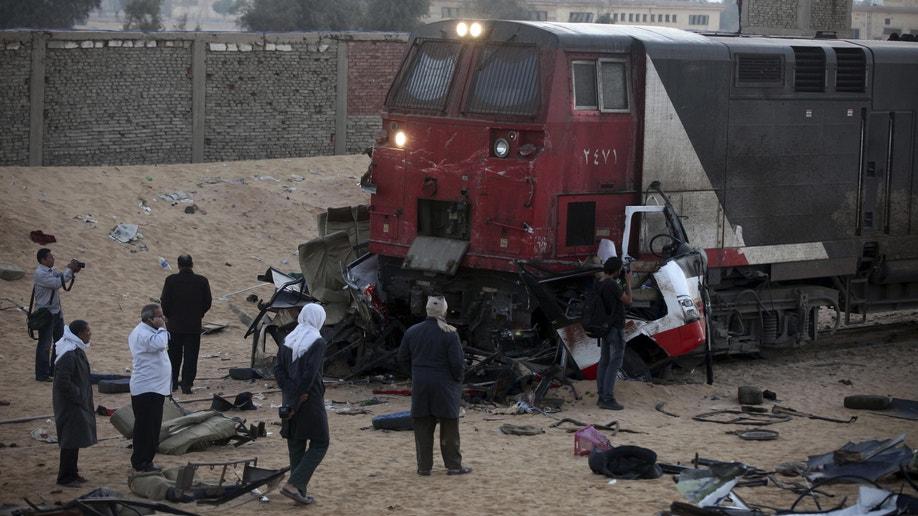 982aae8a-Mideast Egypt Country in Mourning